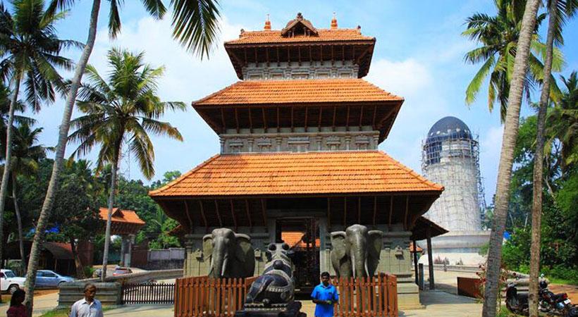 Construction of Shiva Linga in Chenkal Maheshwaram Siva Parvathy Temple in Trivandrum