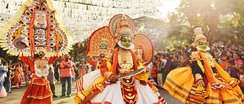 Traditional Kathakali dance on New Year carnival in Fort Kochi (Cochin), Kerala, India.