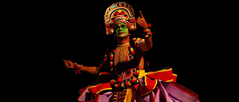 ottamthullal one of the traditional artforms of Kerala