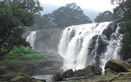 thoovanam-falls-devikulam