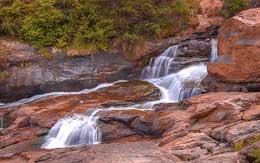 attukal-waterfalls-munnar