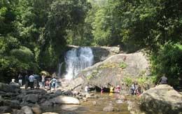 lakkam-waterfalls-munnar