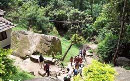 edakkal-cave-wayanad