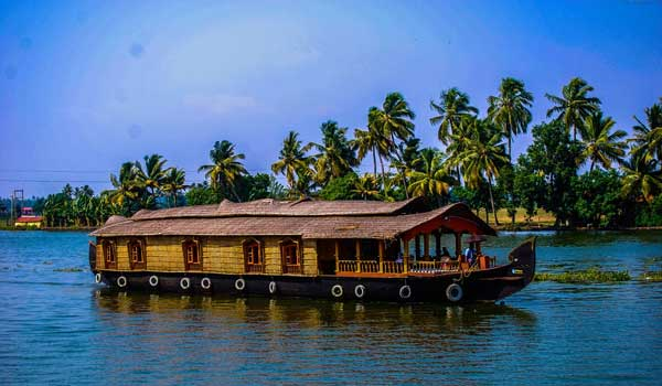 Backwaters Houseboat Cruise
